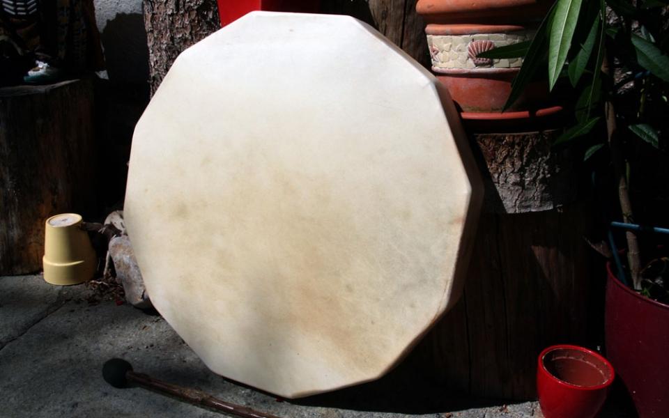 eckige-trommel-vollholzrahm