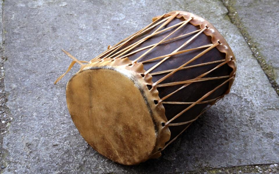indianische-trommel-gross